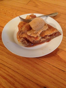 Apple pie with salted caramel gelato