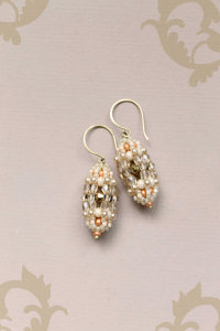 By Lena Sinelnik Art: Beaded earrings